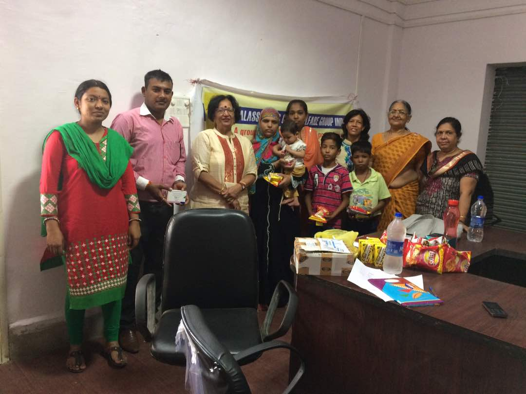 Distribution of medicines to thalassemia patients at district hospital Dewas with help if Netco farma, thanks to kamala patwa Pushpa Agrawal Purnima raut for joining this activity , special thanks to jyoti of hospital for arranging this fruitful activity.