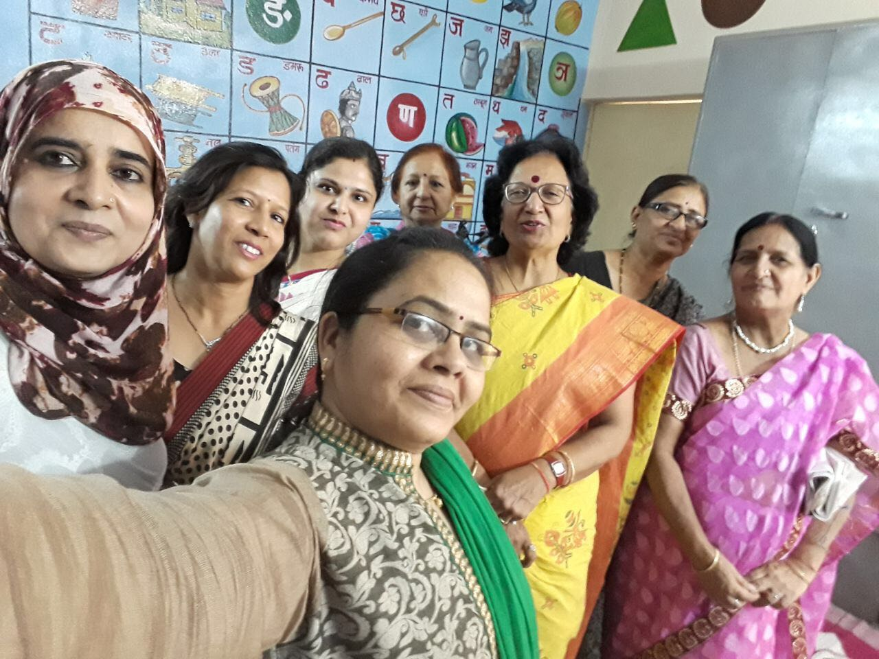 TCWG did lokarpan of nursary in government school no 124 adopted by us dr Preti Agrawal was chief guest members present were prerna Shintre firdose Nahid purnima raut chanda sharma sandhya Panchayti Farida Kaul.