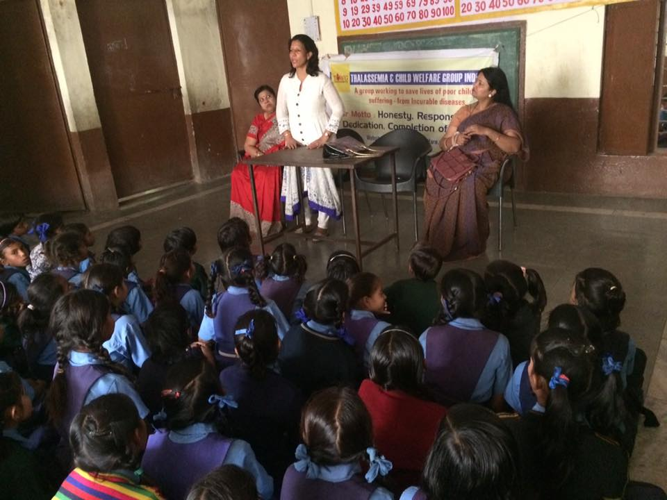Second episode of बेटी बचाओ बेटी पढ़ाओ और उसे समझाओ in atridebi school , this is a awareness movement against sexual abuse , this time myself rekha jain sunita bansal purnima raut as core group covered all points , rekha jain distributed uniforms to 51 girls